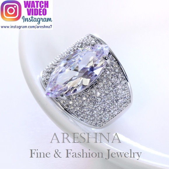 Areshna Jewelry - 8.5ct Marquise Cut Swarovski Crystal Cocktail Ring